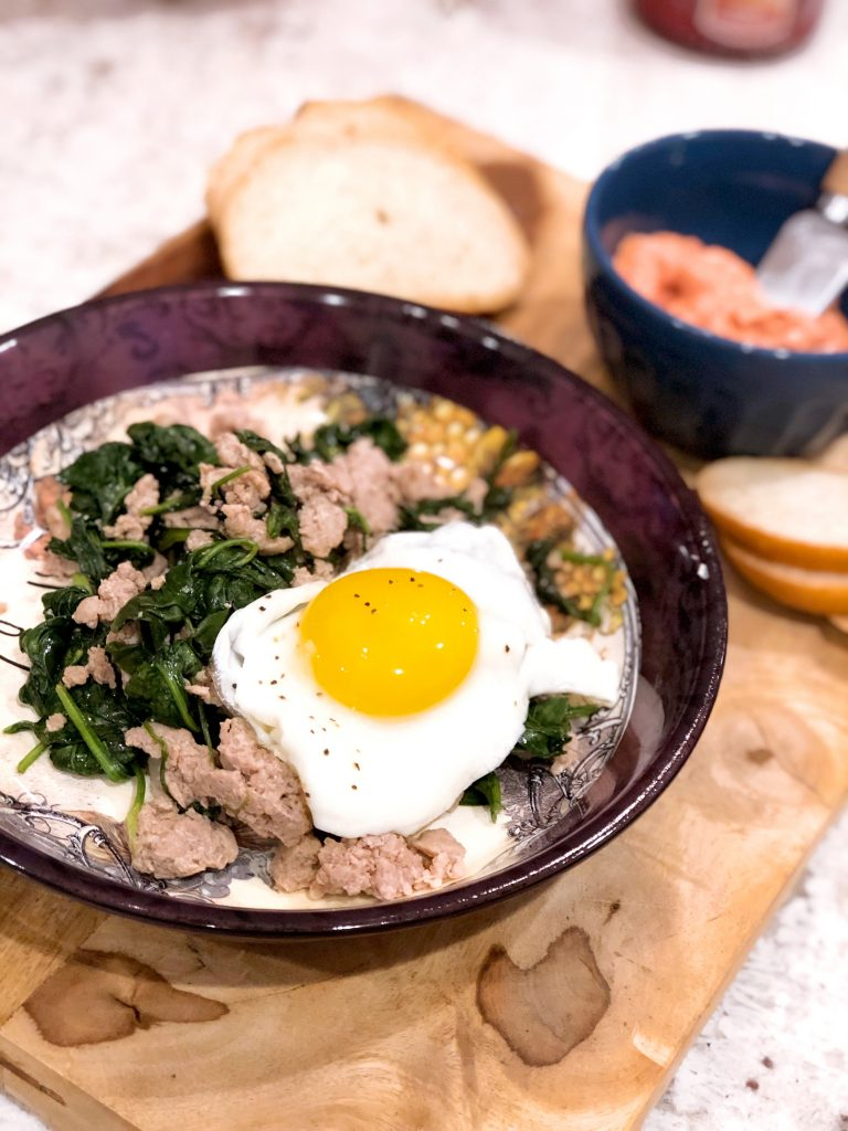 Fried Eggs, Sausage and Spinach Skillet