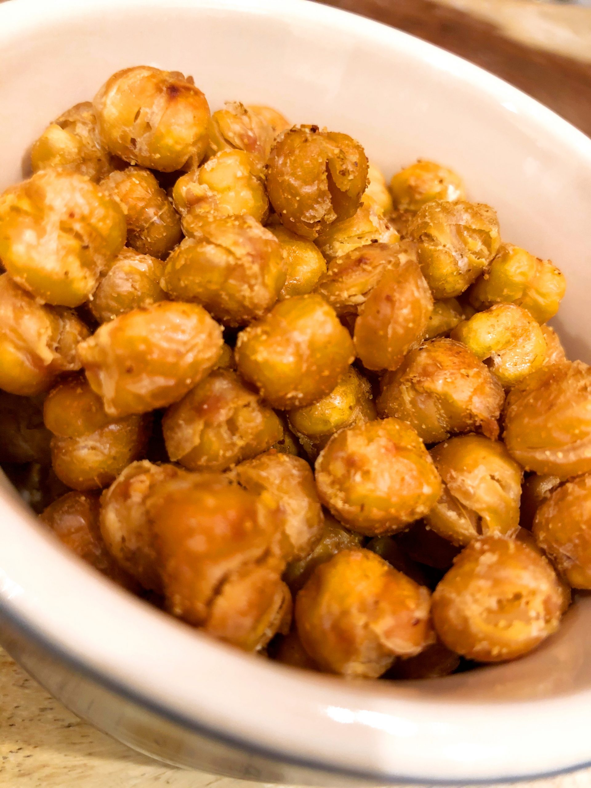 close up of roasted chickpeas